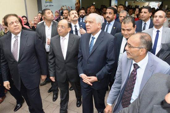 اللواء محمود شعراوى وزير المحلية (6)