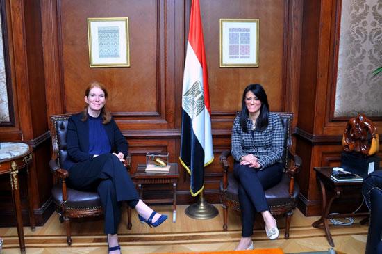 وزيرة التعاون الدولى تبحث تعميق الشراكة مع برنامج الأمم المتحدة الإنمائى  (1)