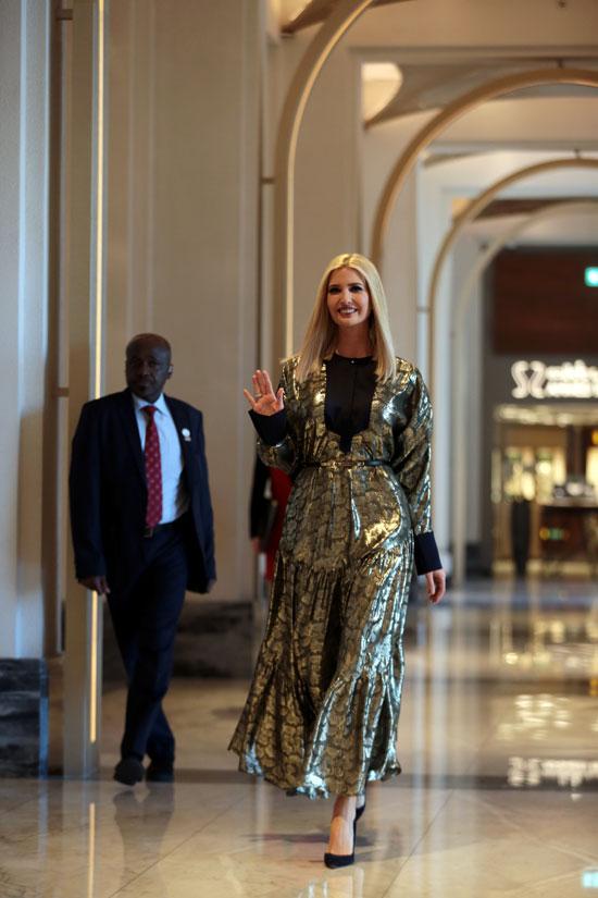 كبير مستشاري البيت الأبيض في الولايات المتحدة إيفانكا ترامب يغادر أحد الفنادق في دبي
