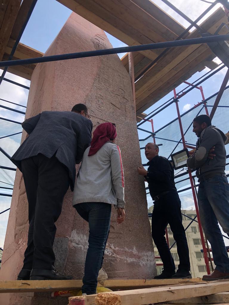 أعمال ترميم مسلة ميدان التحرير (1)