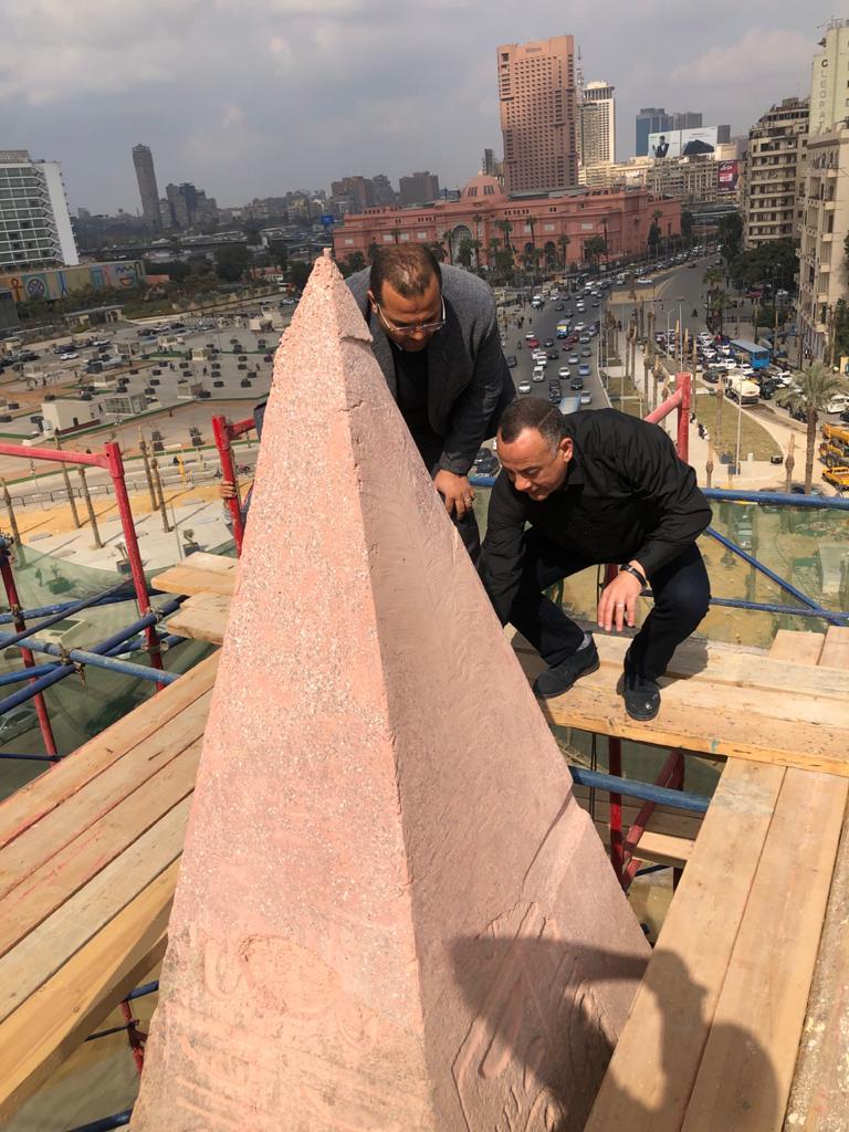 أعمال ترميم مسلة ميدان التحرير (2)