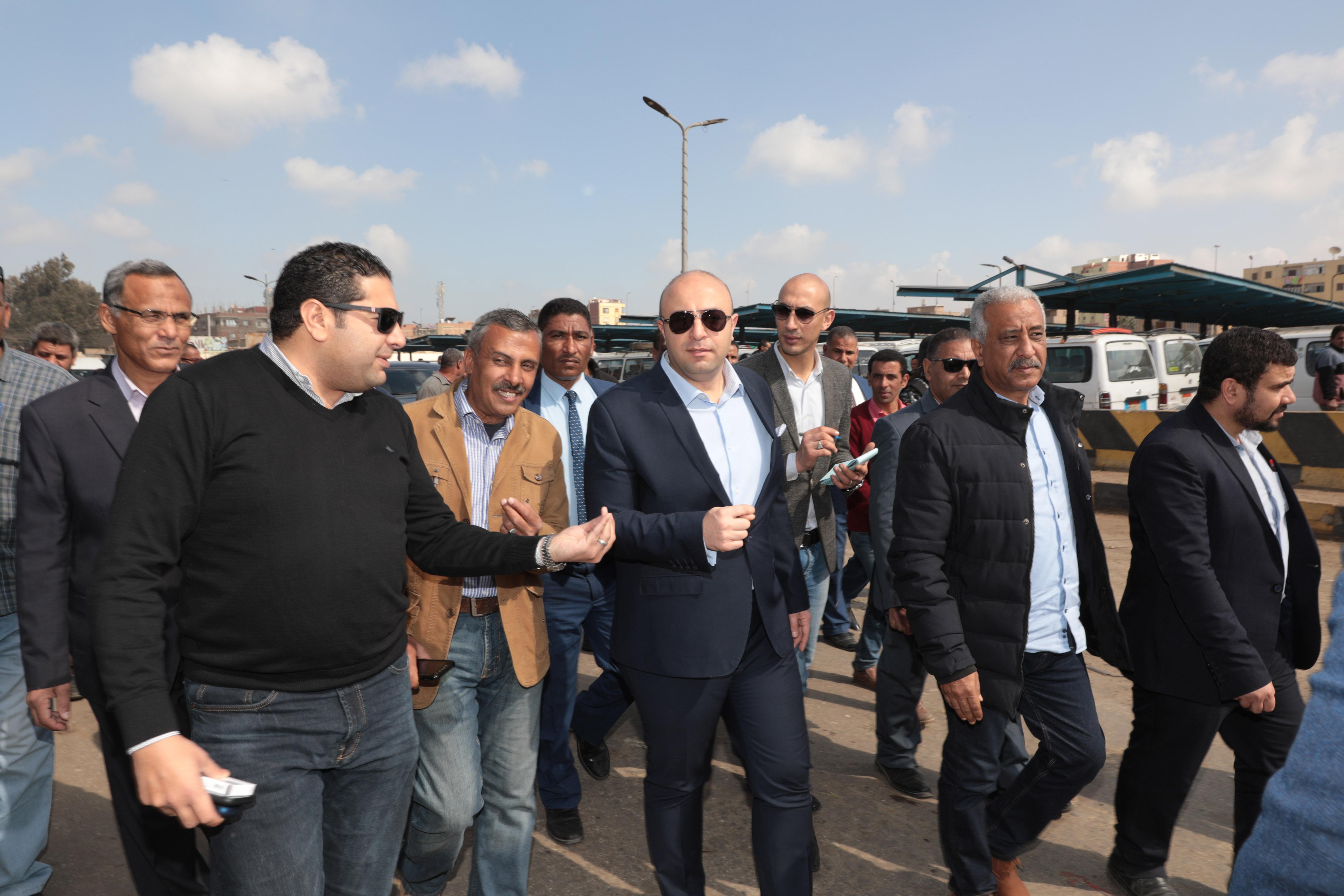 جانب من جولة الدكتور محمد هانى غنيم محافظ بنى سويف (7)