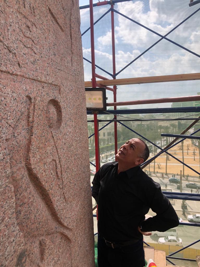 أعمال ترميم مسلة ميدان التحرير (3)