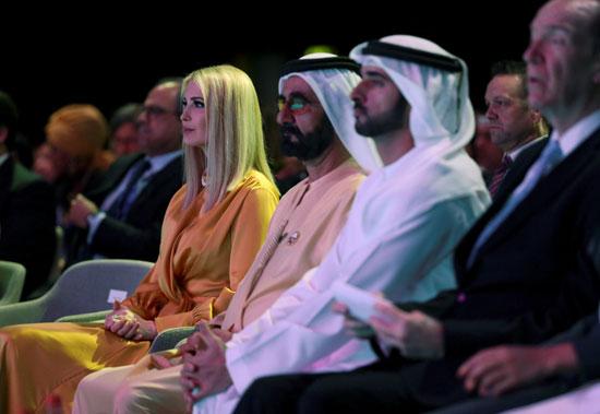 إيفانكا-تجلس-بجوار-حاكم-دبى-الشيخ-محمد-بن-راشد