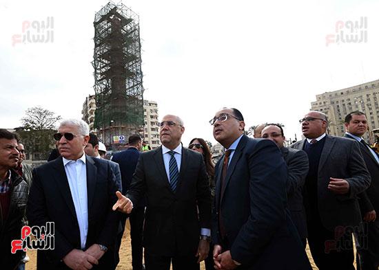جولة رئيس الوزراء فى ميدان التحرير (10)