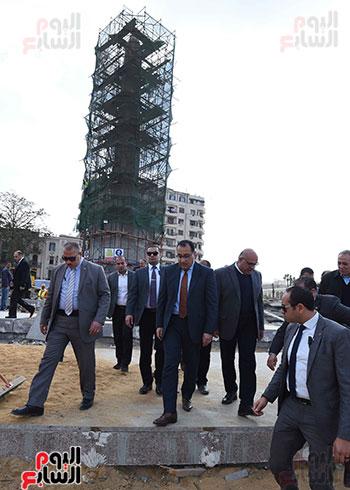 جولة رئيس الوزراء فى ميدان التحرير (4)
