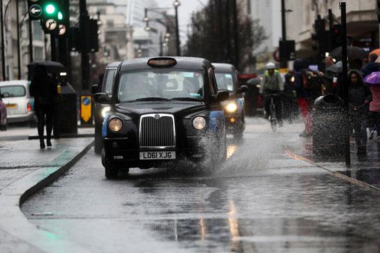 شارع أكسفورد أثناء العاصفة دينيس