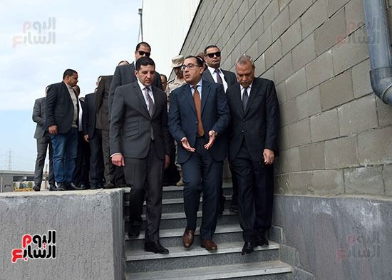 رئيس الوزراء الدكتور مصطفى مدبولى و الوفد المرافق