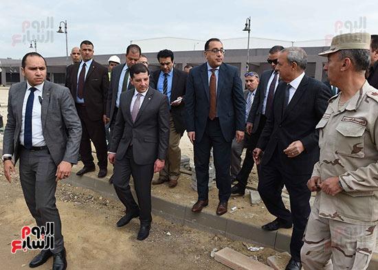 الدكتور مصطفى مدبولى رئيس الوزراء بالمنطقه الاستثماريه