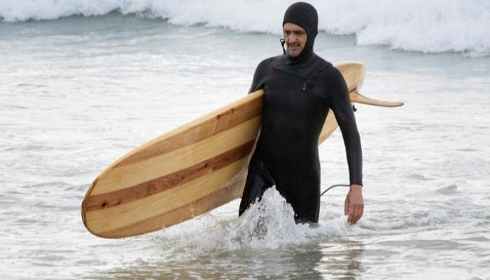 121-095136-surfing-green-sport-south-africa_700x400