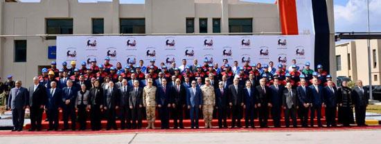 السيسى يفتتح مصنع 300 الحربى (9)
