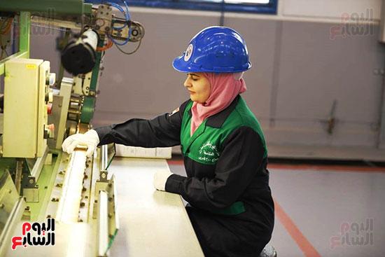 معدات وذخائر فى مشروعات جديدة افتتحها السيسي (4)
