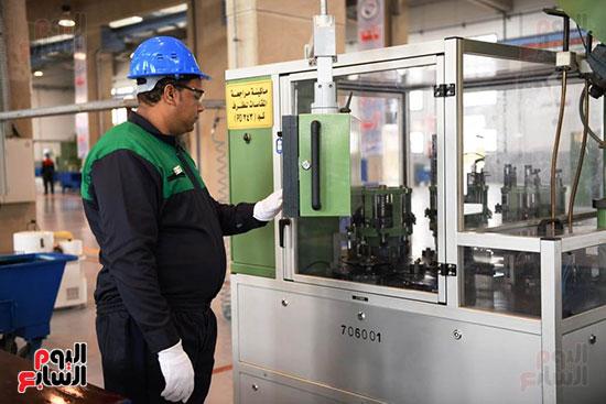 معدات وذخائر فى مشروعات جديدة افتتحها السيسي (1)