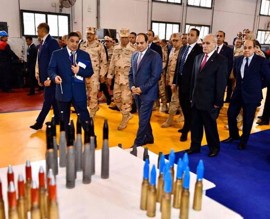السيسى يفتتح مصنع 300 الحربى (3)