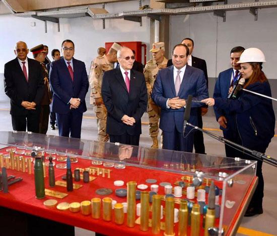 السيسى يفتتح مصنع 300 الحربى (2)