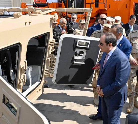 السيسى يفتتح مصنع 300 الحربى (1)