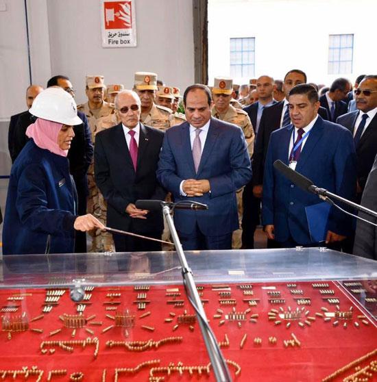 السيسى يفتتح مصنع 300 الحربى (8)