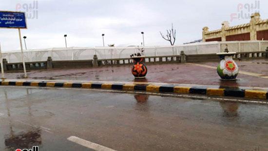 أمطار خفيفة وانخفاض درجات الحرارة فى الإسكندرية (7)