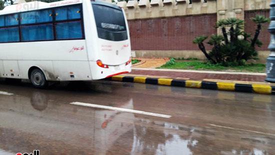 أمطار خفيفة وانخفاض درجات الحرارة فى الإسكندرية (10)