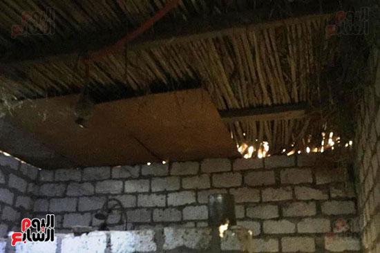 أسرة بسوهاج تطالب بإعادة بناء منزلهم (3)