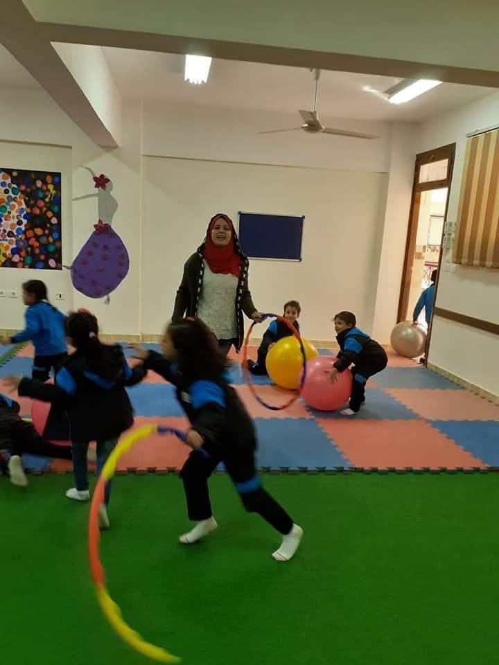 طلاب المدارس اليابانية يتعلمون من خلال اللعب كأحد أنشطة التوكاتسو (2)