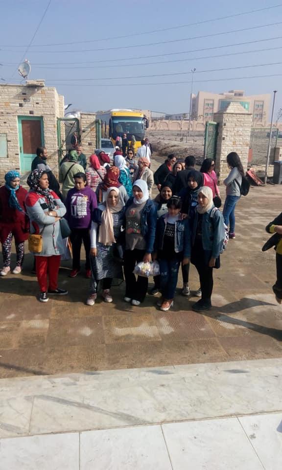 سلوكنا بيتغير.. اتحضر للأخضر..مبادرة ببورسعيد لرفع الوعى البيئى (2)