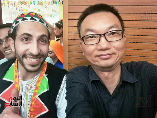 فرحة المصريين العائدون من الصين (2)