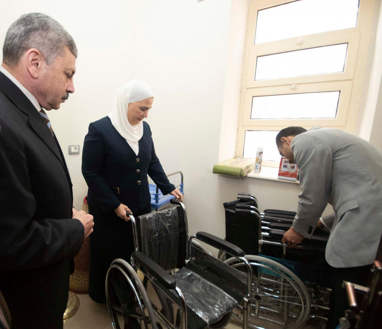 زيارة وزيرة التضامن للمقر الخدمي للمجلس القومي لرعاية أسر الشهداء والمصابين (2)