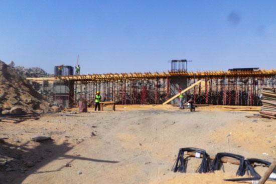 جولة داخل مشروعات محاور النيل الجديدة بأسوان (12)