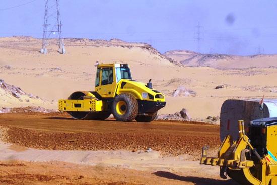 جولة داخل مشروعات محاور النيل الجديدة بأسوان (9)