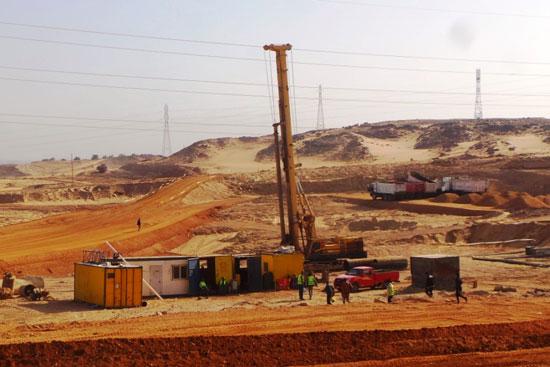 جولة داخل مشروعات محاور النيل الجديدة بأسوان (7)