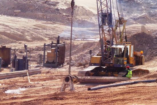 جولة داخل مشروعات محاور النيل الجديدة بأسوان (8)
