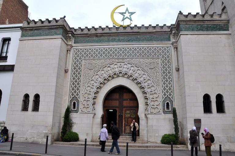 أئمة تركيا هيمنوا على منابر المساجد فى العديد من الدول الأوروبية
