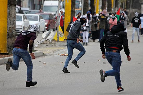 عمليات كر وفر خلال الإحتجاجات