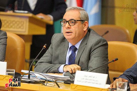 مؤتمر منظمة الصحة العالمية (32)