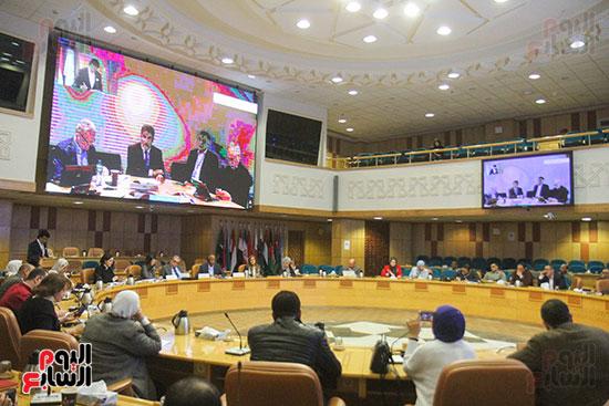 مؤتمر منظمة الصحة العالمية (33)