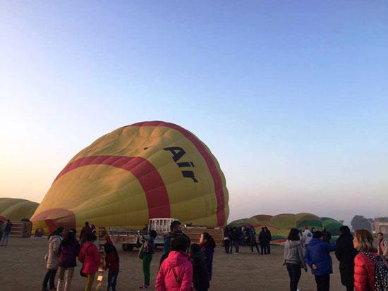 البالون الطائر  (8)