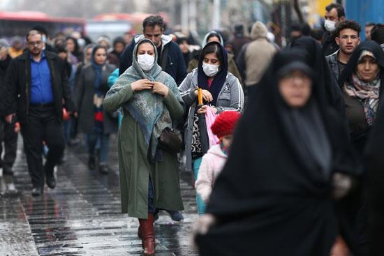 انتشار الكمامات فى إيران