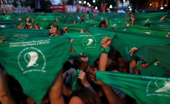 مظاهرات فى الأرجنتين تدافع عن الاجهاض