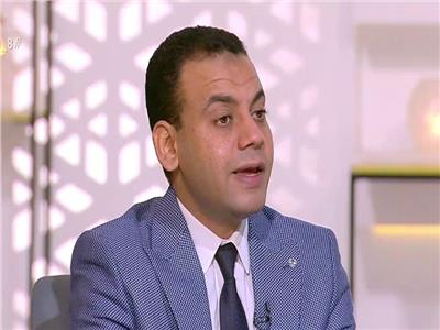 الدكتور كريم العمدة الخبير الاقتصادى