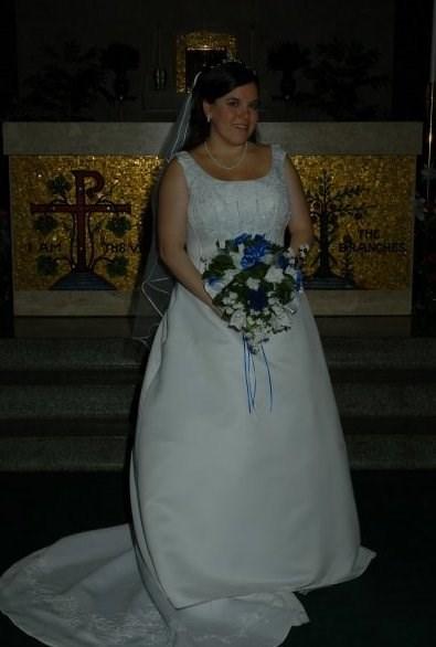 تزوجت ريبيكا بوكارد عام 2008 ولم تكن فساتين زفاف ديزني موجودة