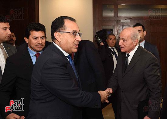 رئيس الوزراء يفتتح فرع نادى الجزيرة بمدينة السادس من أكتوبر         (9)