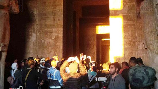 لحظة تعامد الشمس على معبد ابو سمل