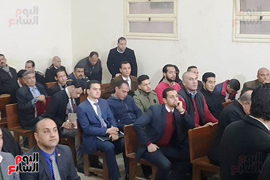 الحضور-بالمحكمة
