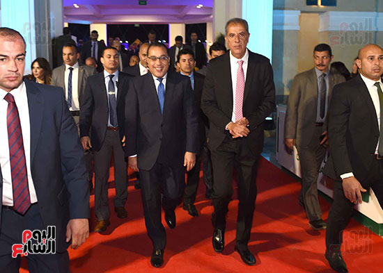 رئيس الوزراء يفتتح فرع نادى الجزيرة بمدينة السادس من أكتوبر         (16)