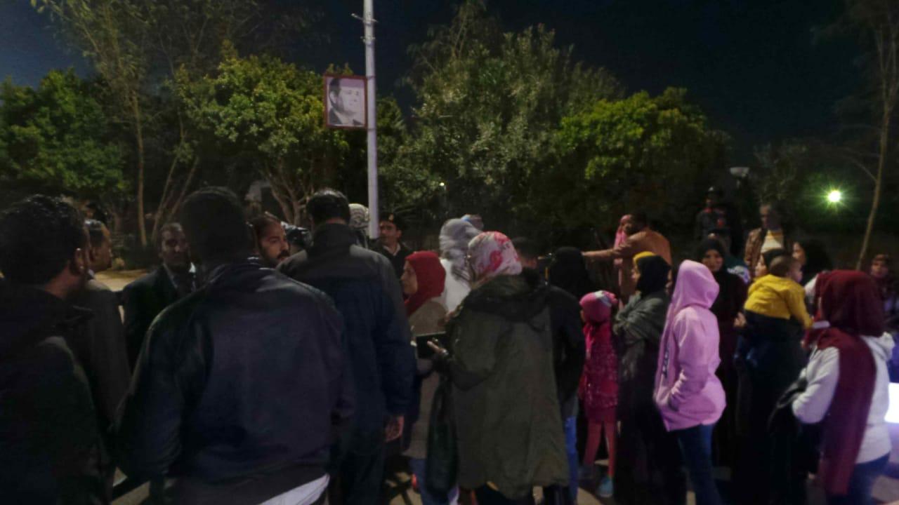 توافد السائحين على معبد أبوسمبل  (1)