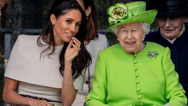 ميجان ماركل والملكة اليزابيث