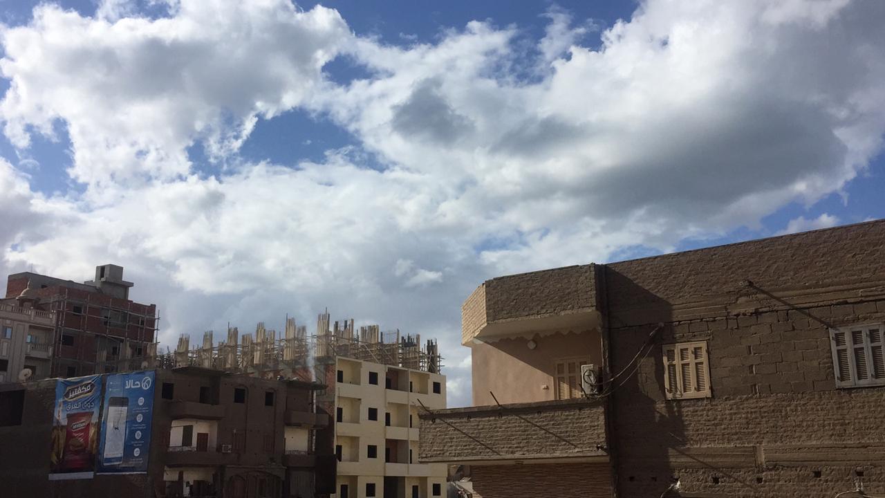تشهد مراكز محافظة سوهاج اليوم الاثنين موجة من الطقس السيئ (1)