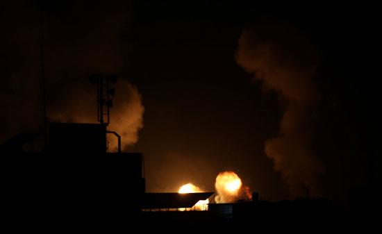 طيران الاحتلال يستهدف أهداف فى غزة