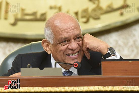 ضحكة رئيس البرلمان
